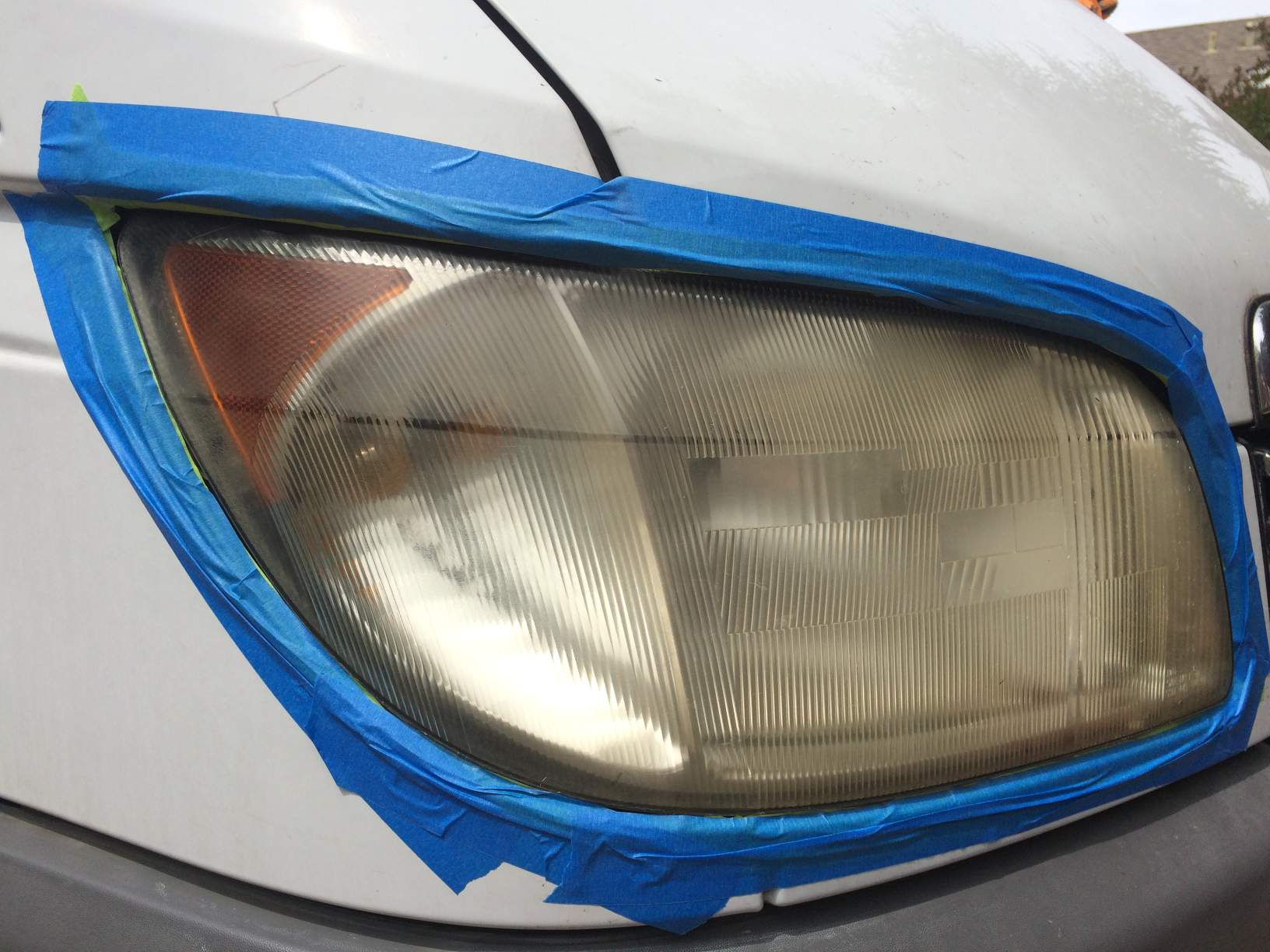 yellow faded sprinter headlight