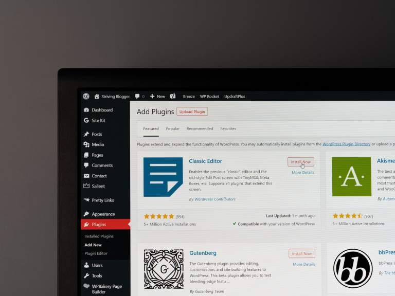 Top 10 WordPress essential plugins