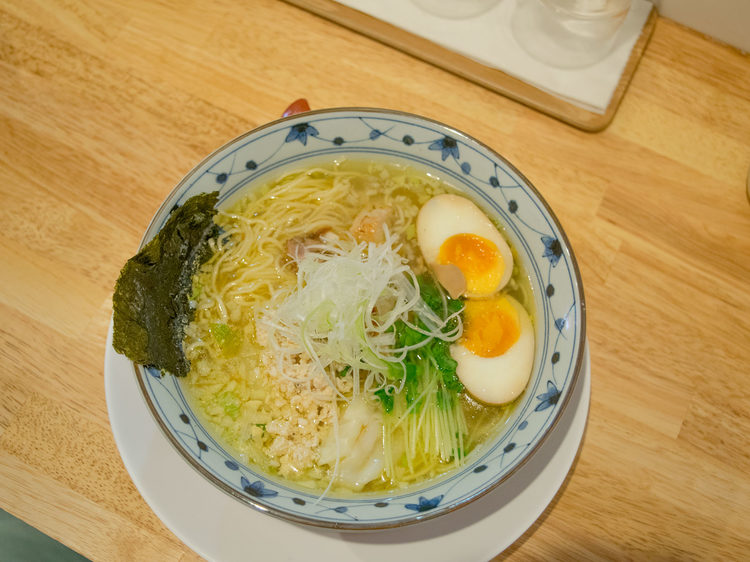 The salt-based Special Chicken Soba