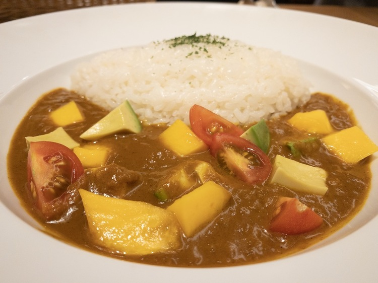 Full of fresh fruits and vegetables in curry.
