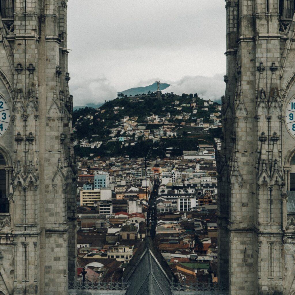 una iglésia en Quito que es un buen lugar para startups en Ecuador