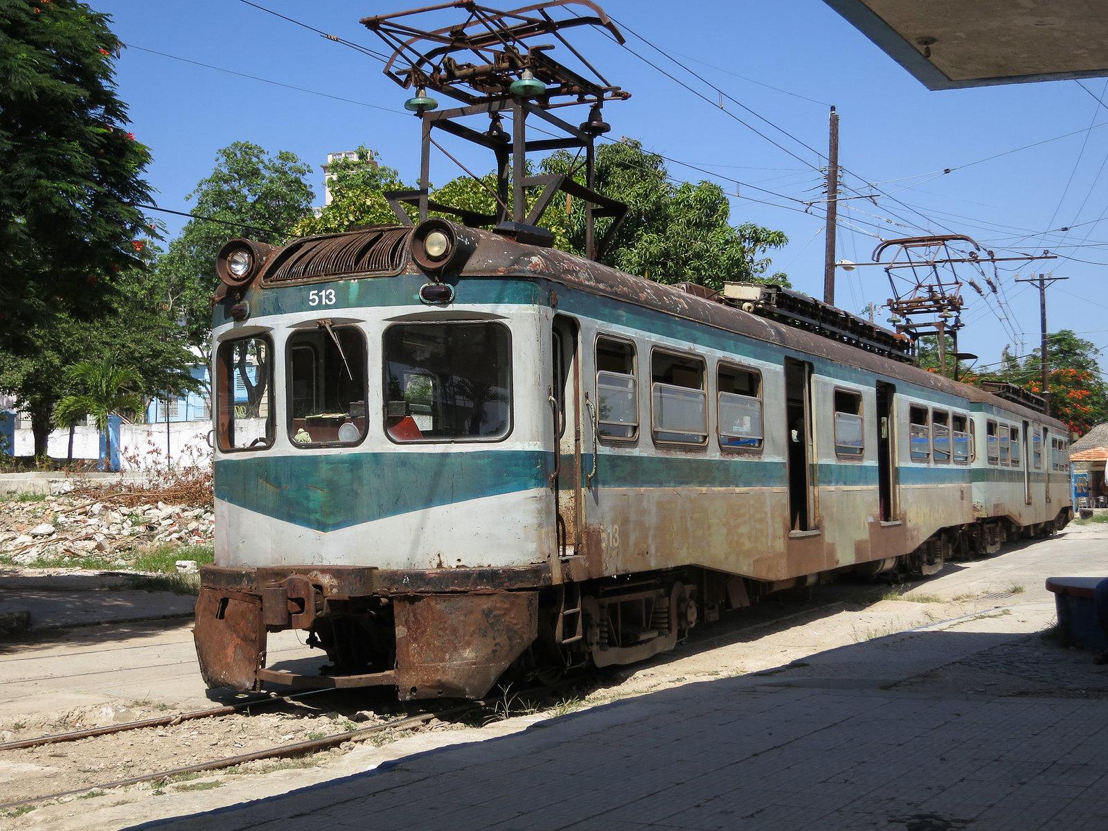 往返古巴卡薩布蘭加(Casablanca)的 Hershey 鐵路公司電氣化火車。(圖/marcel601 (CC BY-NC 2.0)