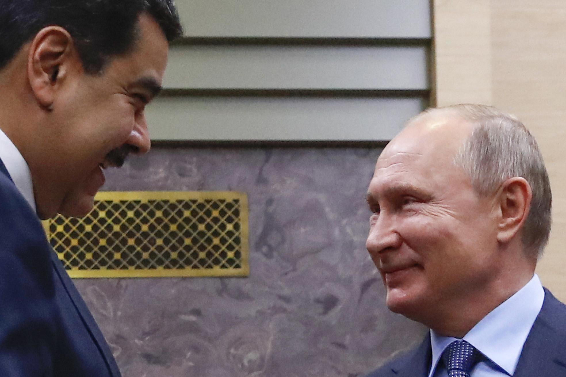 圖/俄羅斯總統蒲亭和委內瑞拉總統馬杜洛。(Maxim Shemetov / AP / 達志影像)