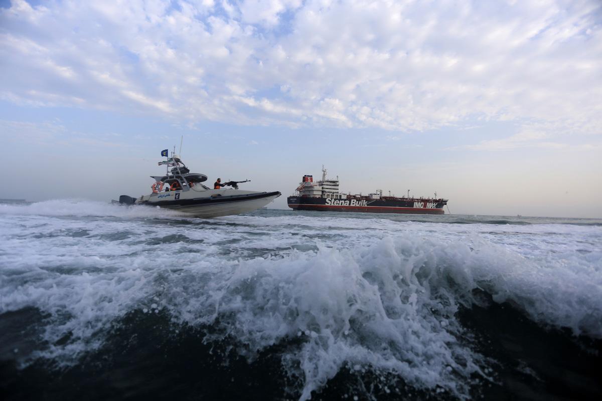 圖╱伊朗革命衛隊挾持英國油輪 Stena Impero 號。(REUTERS / 達志影像)
