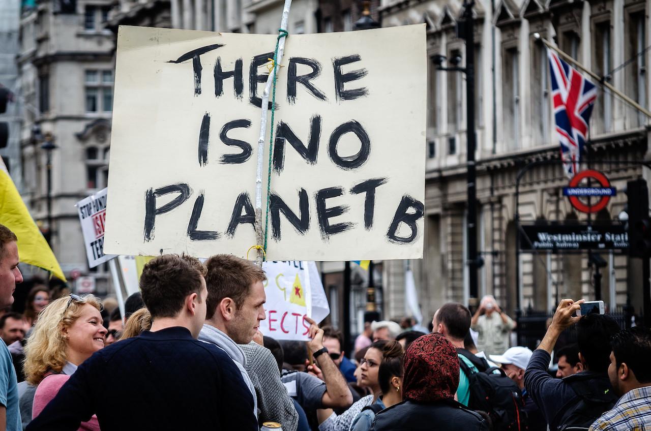 聯合國召開氣候高峰會,全球各地抗爭人數超過往年(圖/Garry Knight/公共領域)
