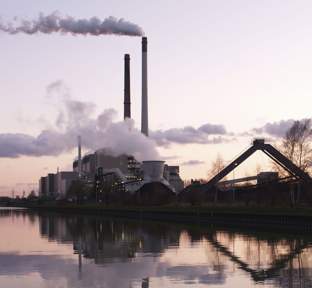 科學期刊公佈工業大國減碳不力數據(圖/Arnold Paul/CC BY-SA 3.0)