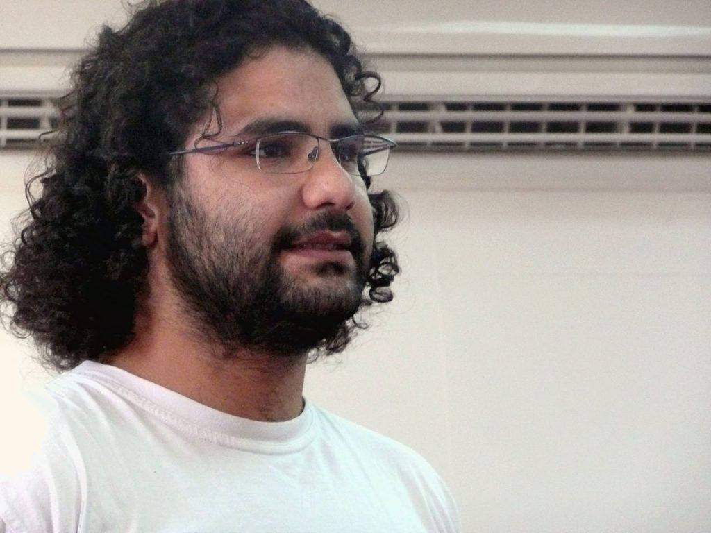 埃及軟體工程師的知名部落客法塔(Alaa Abdel Fattah)之前就因為未獲許可的抗議活動被判刑 5 年(圖/Alaa Abd El-Fatah/CC BY-SA 2.5)