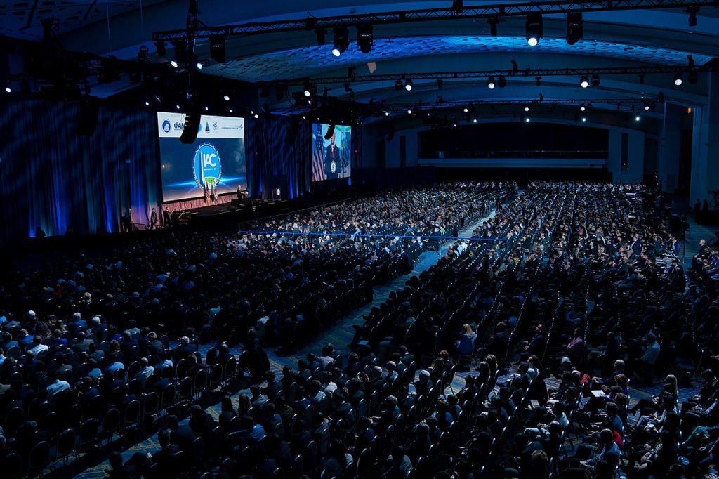 在美國華府開幕的第 70 屆國際太空大會(圖/The White House/公共領域)