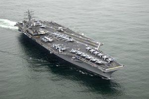 美國派遣 USS Nimitz 航母戰鬥群巡弋台海,嚇阻中國武力威脅台灣(圖/United States Navy/公有領域)