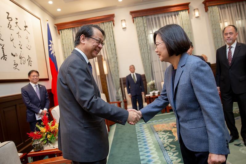 總統接見日台交流協會新任代表