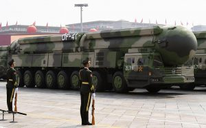 中國在 11 月 22日時隔年餘再次對最新型東風 - 41 洲際彈道飛彈進行試射(圖/中國國防部)