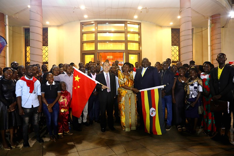 軟實力?中國對烏干達發展教育外交(圖/中國駐烏干達大使館)