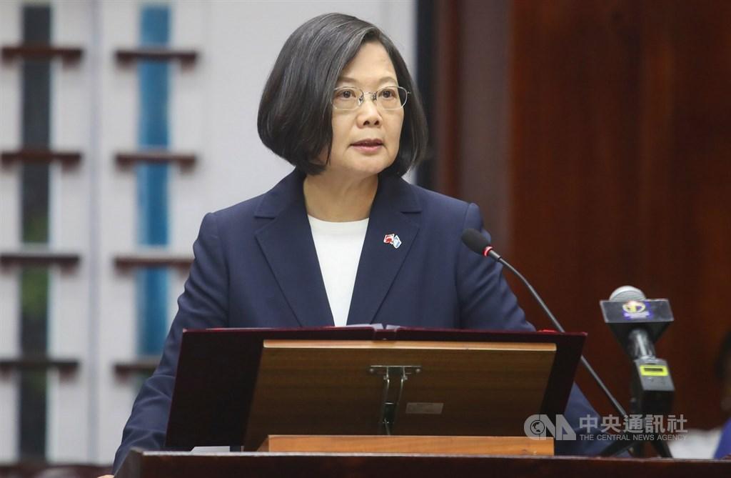 蔡英文對於事故表示不捨並下令國防部長穩定軍心