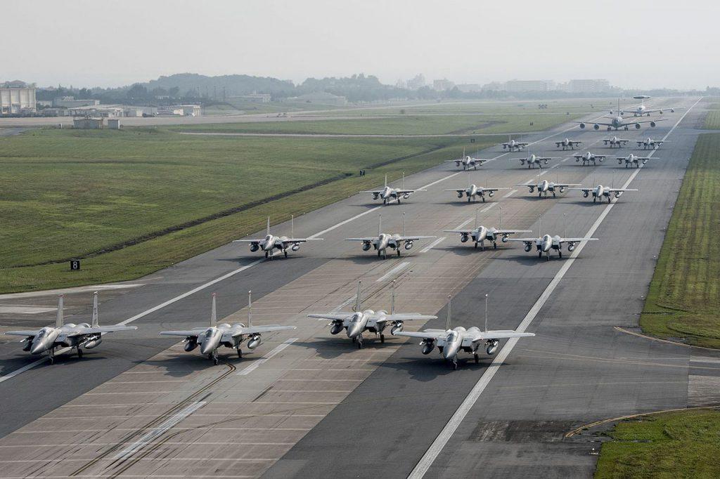 沖繩嘉手納空軍基地(圖/U.S. Air Force photo by Senior Airman John Linzmeier/公有領域)