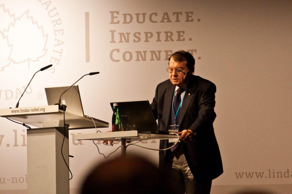 2008 年諾貝爾生醫獎得主蒙坦尼耶(Luc Montagnier)(圖/Bastian Greshake Tzovaras/CC BY-SA 2.0)