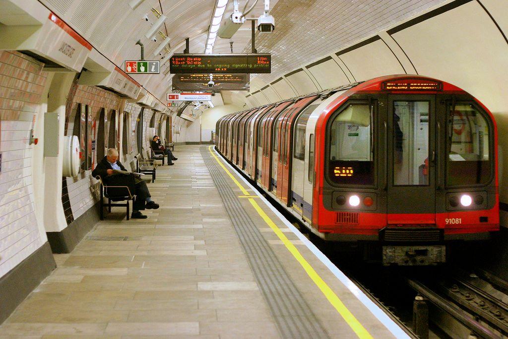 倫敦地鐵(圖/tompagenet/CC BY-SA 2.0)