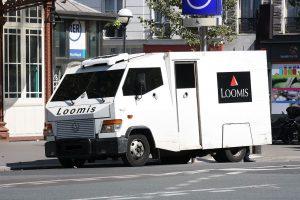 瑞典魯密斯(Loomis)運鈔車(圖/Lionel Allorge/CC BY-SA 1.0)