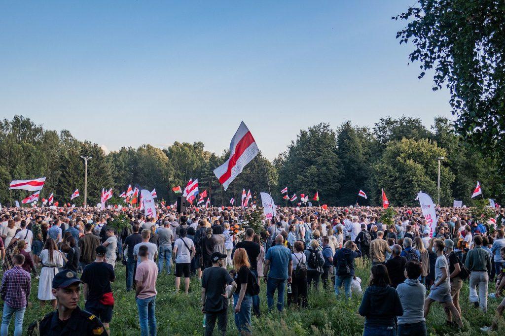 白俄羅斯人民的群起抗議魯卡申柯獨裁(圖/Homoatrox/CC BY-SA 3.0)