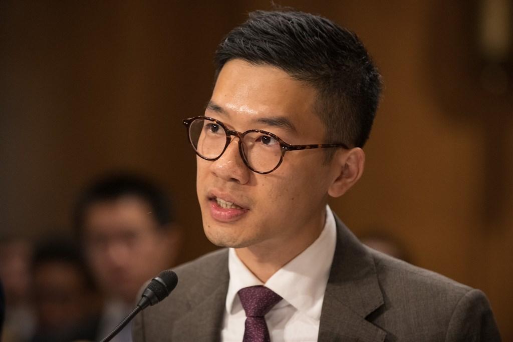 香港民主派人士羅冠聰遭到港府通緝