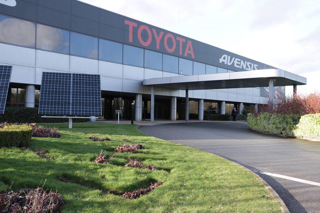 Toyota_Motor_Manufacturing,_Burnaston,_Derby,_England(圖/Nick Moyes/CC BY-SA 4.0)