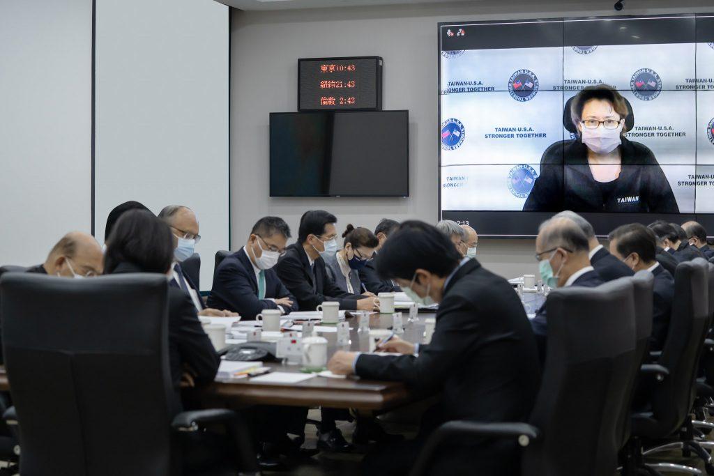 總統召開國安高層會議 就中國軍事威脅與區域安全、持續深化臺美關係、穩定兩岸關係、國內政經穩定及安全、未來經濟發展等五個面向做出裁示