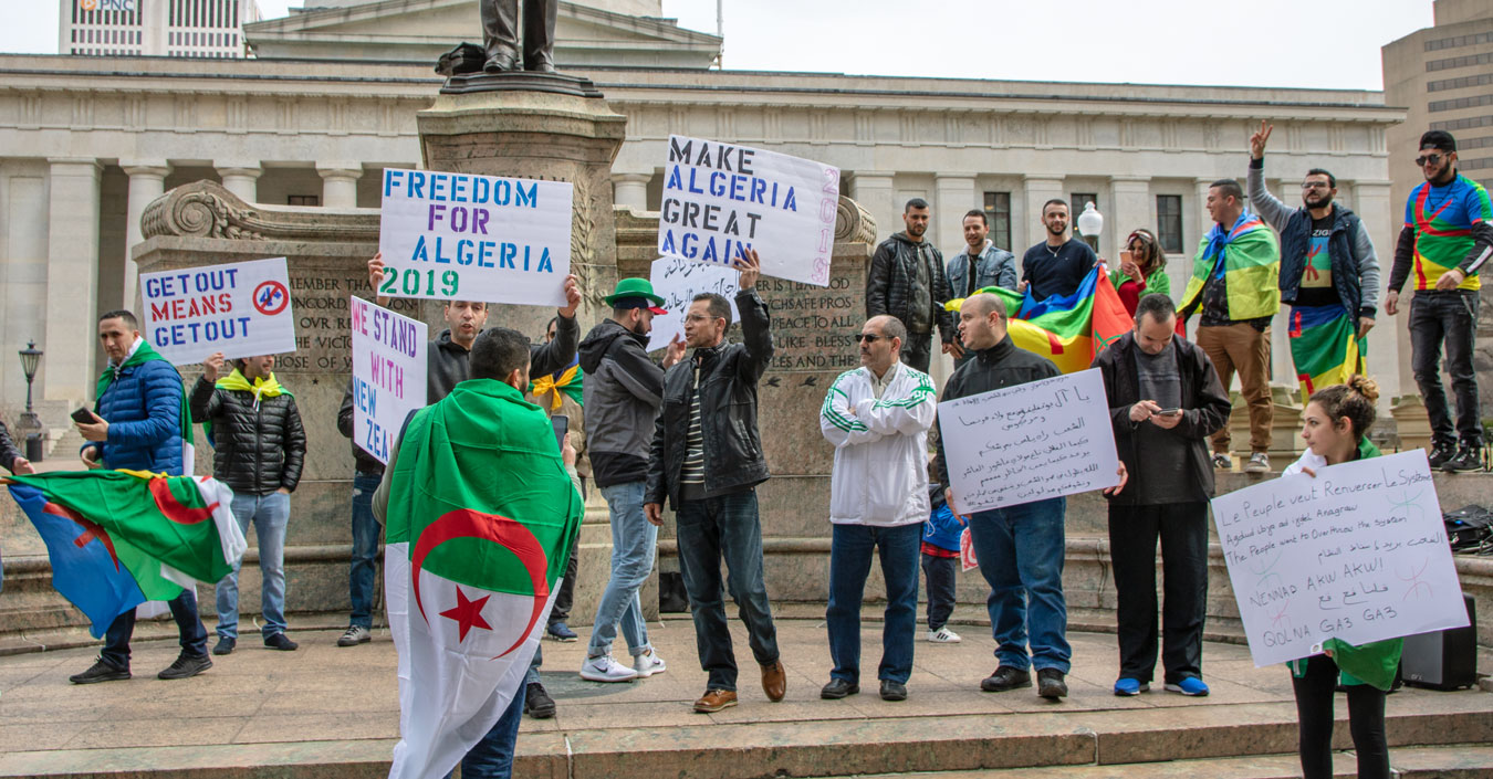 2019_Algerian_protests (圖/Becker1999/CC BY 2.0)