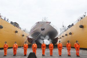 立委提案刪除、凍結國防外交預算,總統蔡英文12日表示,國防對於台灣安全非常重要,特別是潛艦國造與國艦國造,已經拖延數十年的計畫,真的沒時間再拖延了。圖為國艦國造首艘600噸級巡防艦「安平艦」。(中央社檔案照片)
