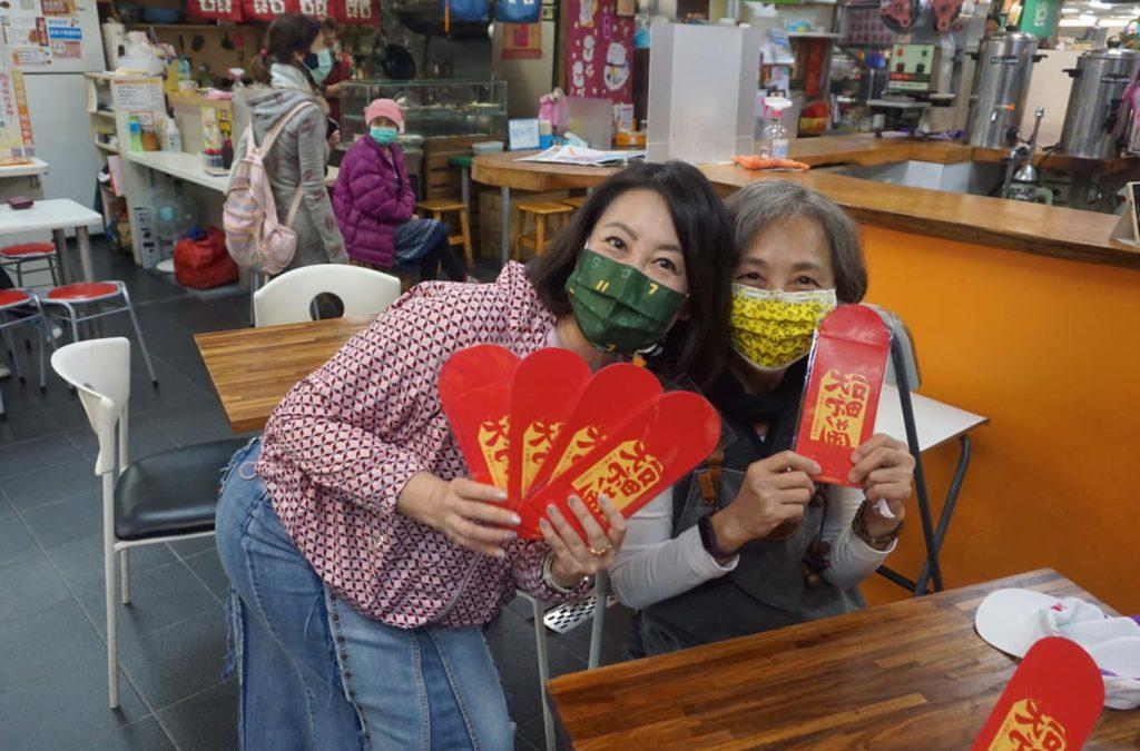 民進黨籍的立委吳思瑤,因為力挺罷韓的緣故,也遭到國民黨鎖定罷免,並已經發起罷免的連署。