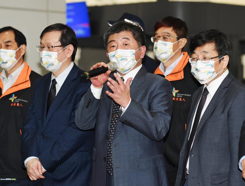 衛福部長陳時中宣布帛琉首航團檢驗結果全員採陰性。圖/中央社。