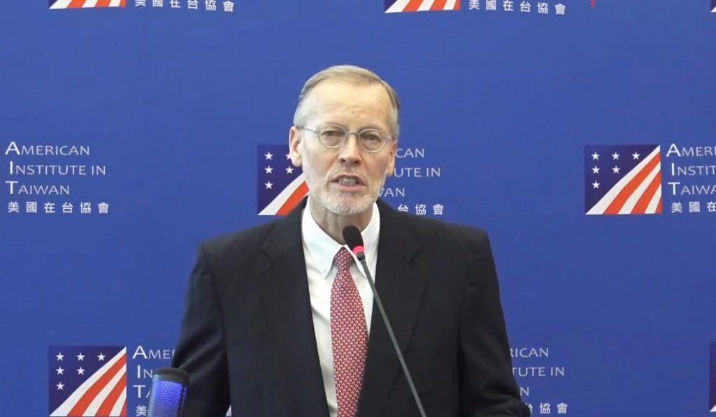 美國在台協會處長酈英傑以臉書直播的方式,發表卸任演說。 (圖/取自AIT官方網站)