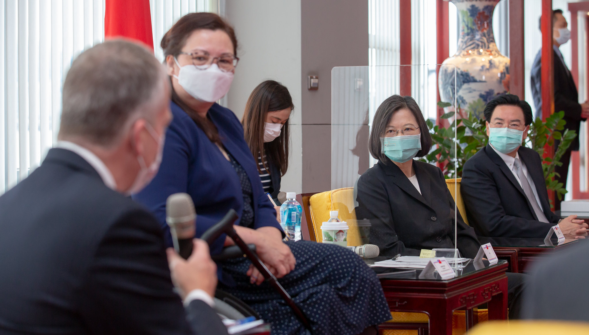06.06 總統接見美國聯邦參議員訪團 Official Photo by Wang Yu Ching / Office of the President
