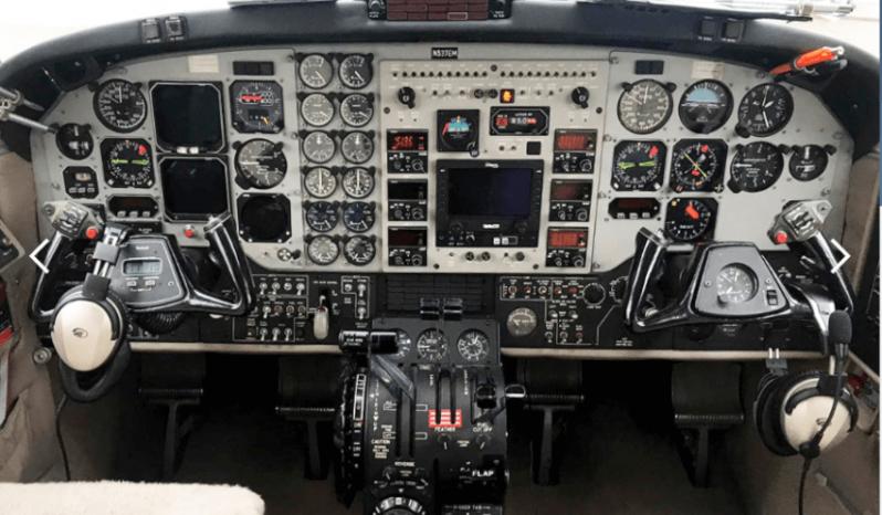 King Air 200 full