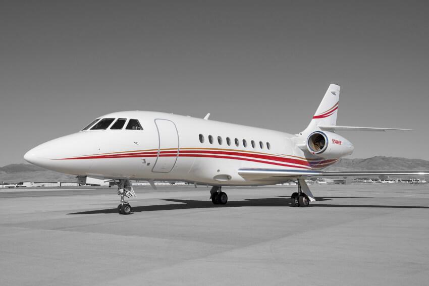 Falcon 2000 photo