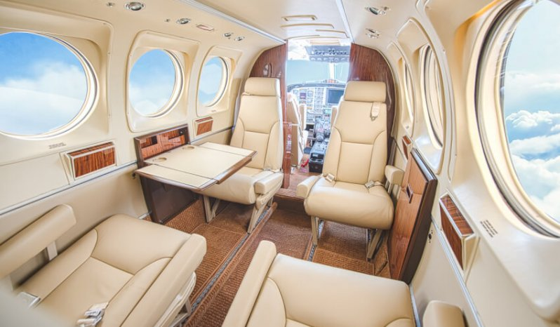 King Air F90 full