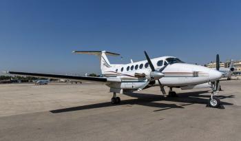 External King Air 200