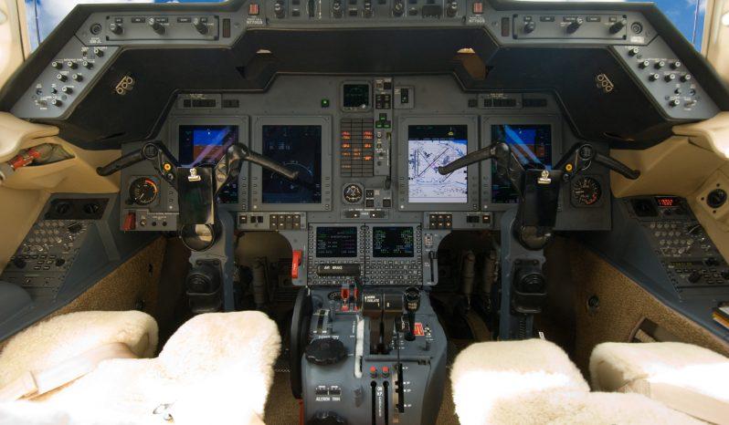 Hawker 750 full