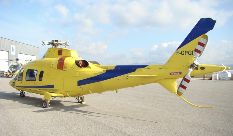 Agusta AW109 Power full