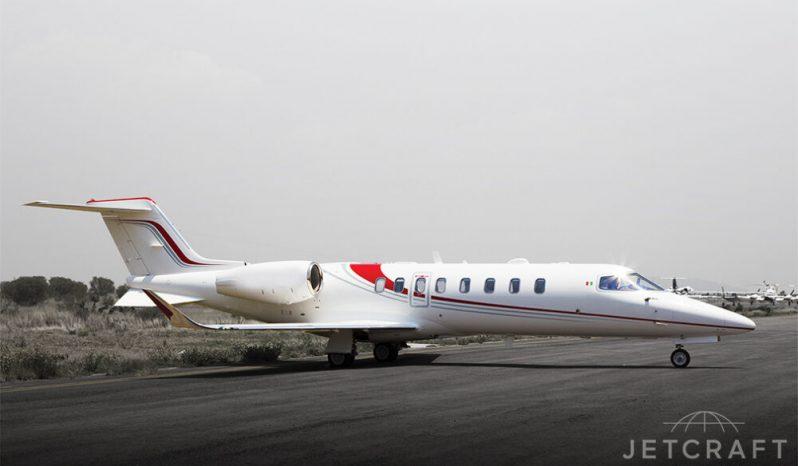 Learjet-75-sn-45-545_0046_wm-1000x666