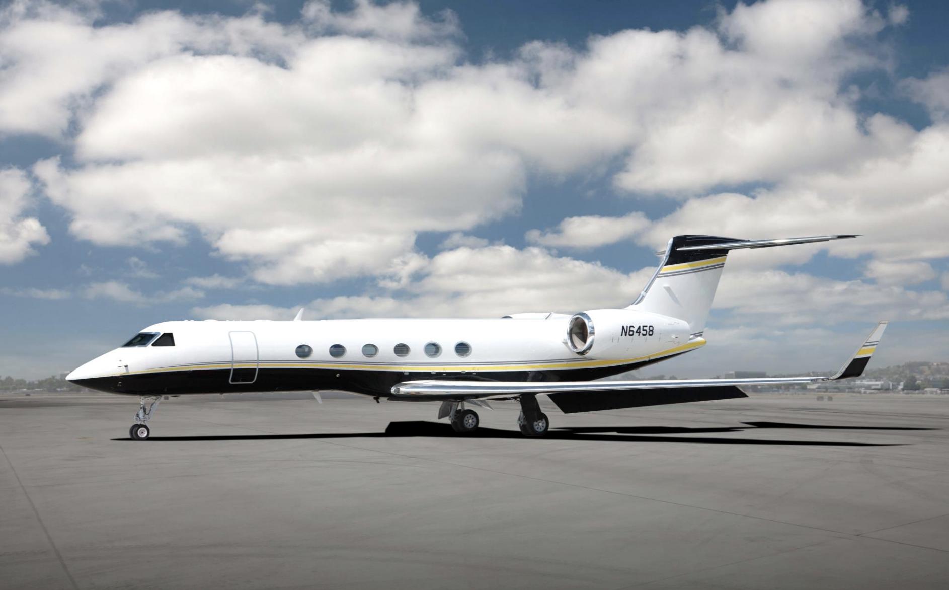 Gulfstream G-V photo