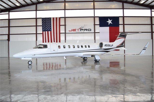 Learjet 45 photo