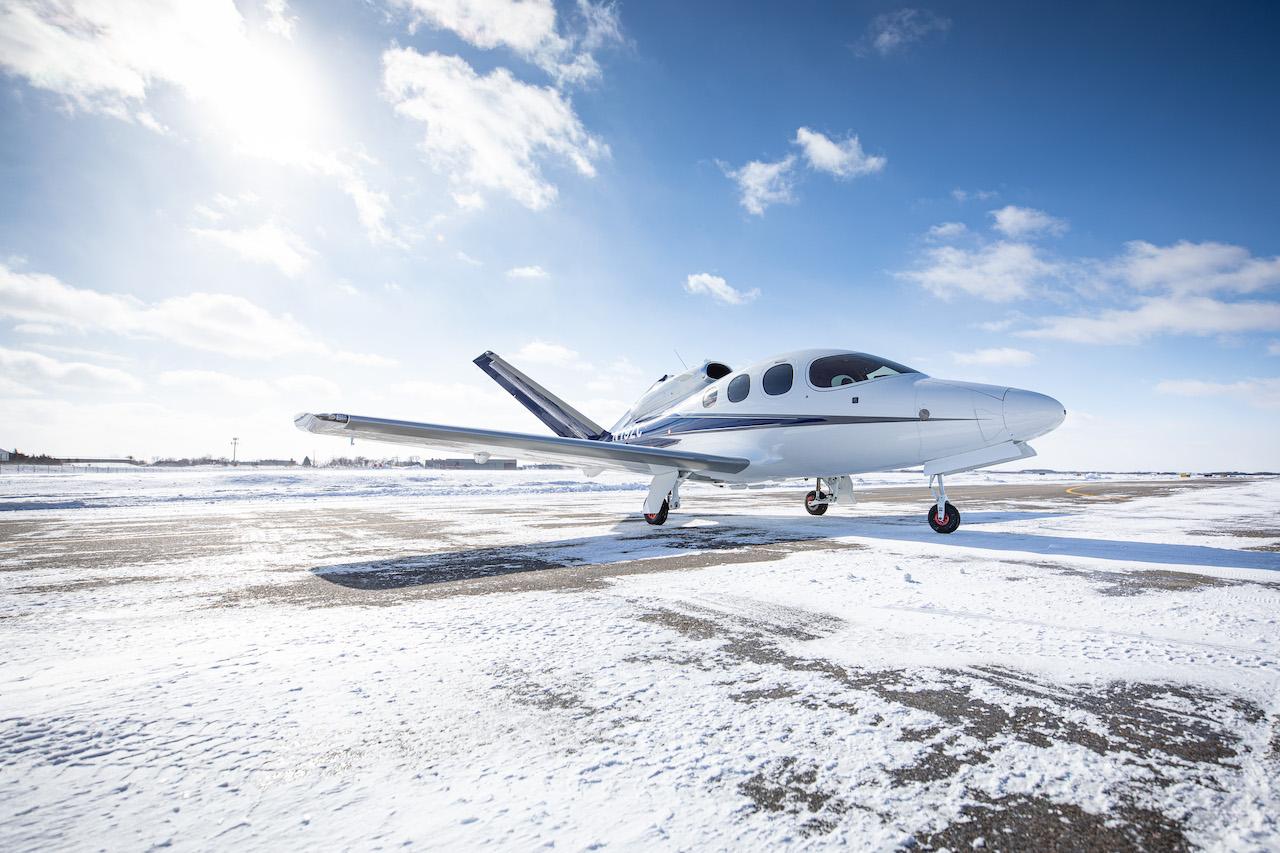 Cirrus SF50 G2 Vision Jet photo