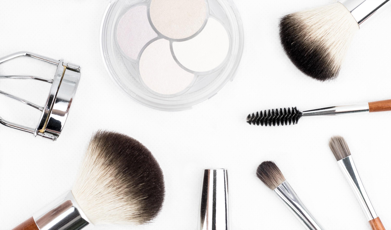 The 'Foundation!' - History of Mu Makeup