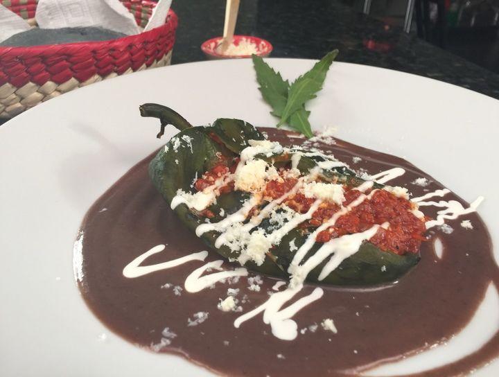 Chiles Rellenos De Picadillo En Salsa De Frijol