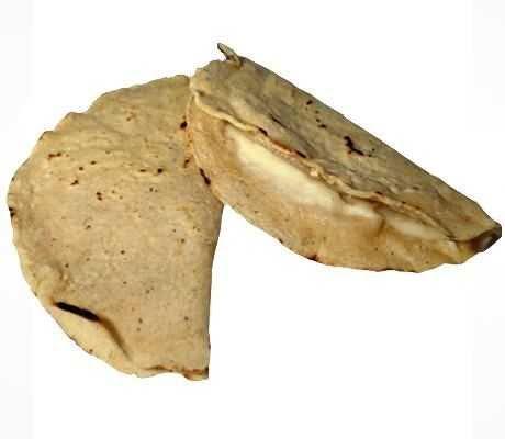 Quesadillas con queso mozarella