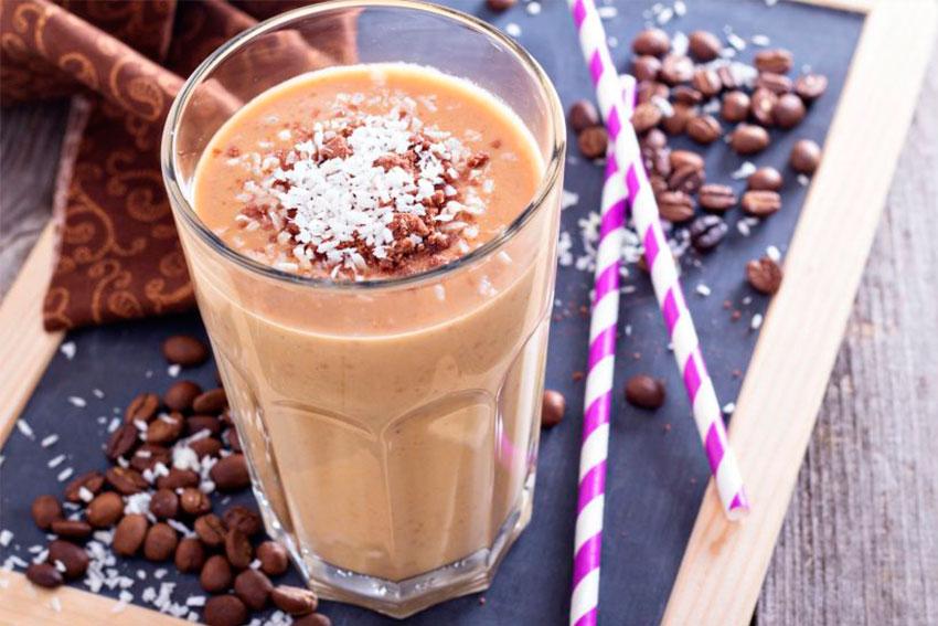 Smoothie de plátano y café (v)