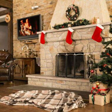 """เปิดตำนาน! ทำไมต้อง """"แขวนถุงเท้า"""" ในคืน """"คริสต์มาสอีฟ"""" แท้จริงแล้วมันมีจุดกำเนิด ที่ลึกซึ้งยิ่งกว่านั้น!?"""
