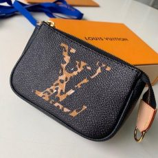 Animal Print Giant Monogram Micro Pochette Accessoires Pouch M67579 Black Collection