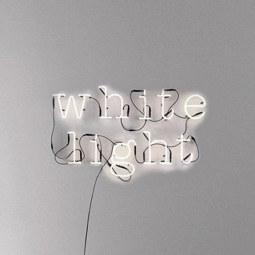 Neon | Neon Type – white light