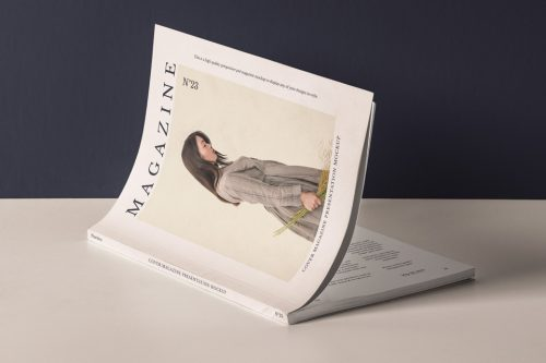 Assets | Cover Magazine Mockup Presentation | Psd Mock Up Templates
