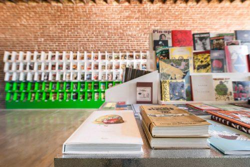 Paul Vu Photography – Thank You Comics – Architectural Photography 005